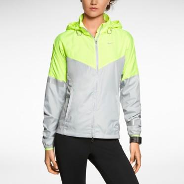 Nike-Vapor-Womens-Running-Jacket-465557_079_A_PREM.jpg?fmt=jpg&qty=85&wid=620&hei=620&bgc=F5F5F5