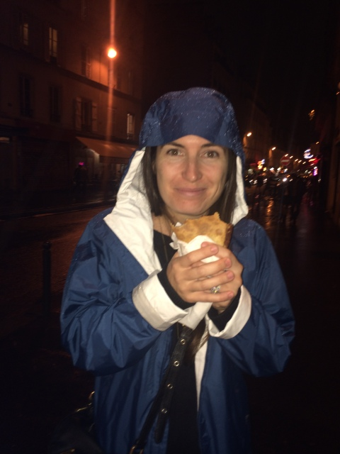 We also had to get one last Nutella crepe, even though it was raining.