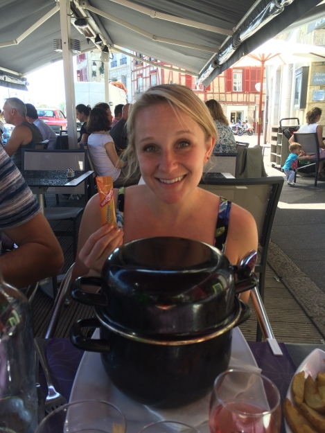 Liz and her huge pot of mussels.